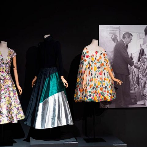 Las costuras femeninas de la moda en España